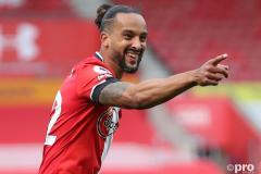 Southampton confirm permanent deal for Theo Walcott following Everton loan