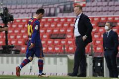 Koeman's future at Barcelona will be decided 'in a week or 10 days' says president Laporta