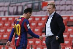 Koeman wants Barcelona changes: Our only signing was Dest!
