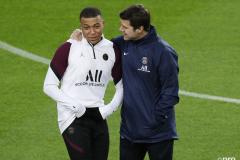 Pochettino sends Mbappe a strong message over PSG contract