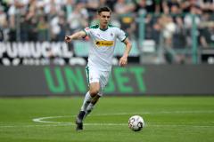 Liverpool target Neuhaus denies move to Bayern is agreed