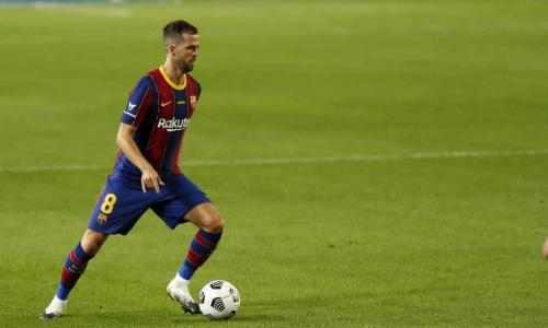 Pjanic 'not satisfied' with just being at Barcelona