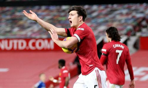 'He goes down like he's been hit with a baseball bat!' – €87m Man Utd signing Maguire slammed