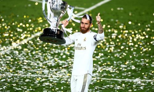 Sergio Ramos lifts the 2019/20 La Liga title for Real Madrid