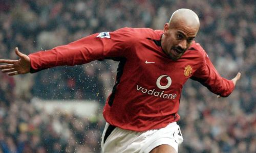 """Veron: Man United """"flop"""" has no regrets about Old Trafford move"""