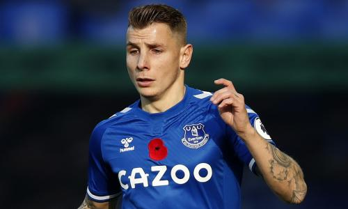 Digne set to sign contract extension at Everton, claims Ancelotti