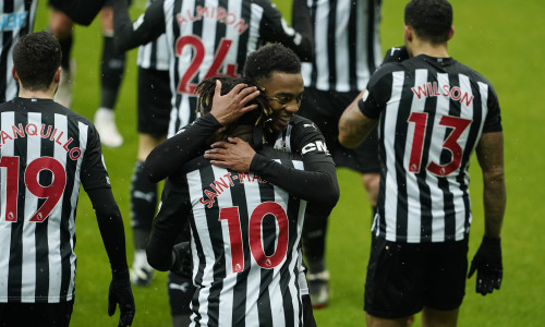 Saint-Maximin: Newcastle have to buy more players like Willock