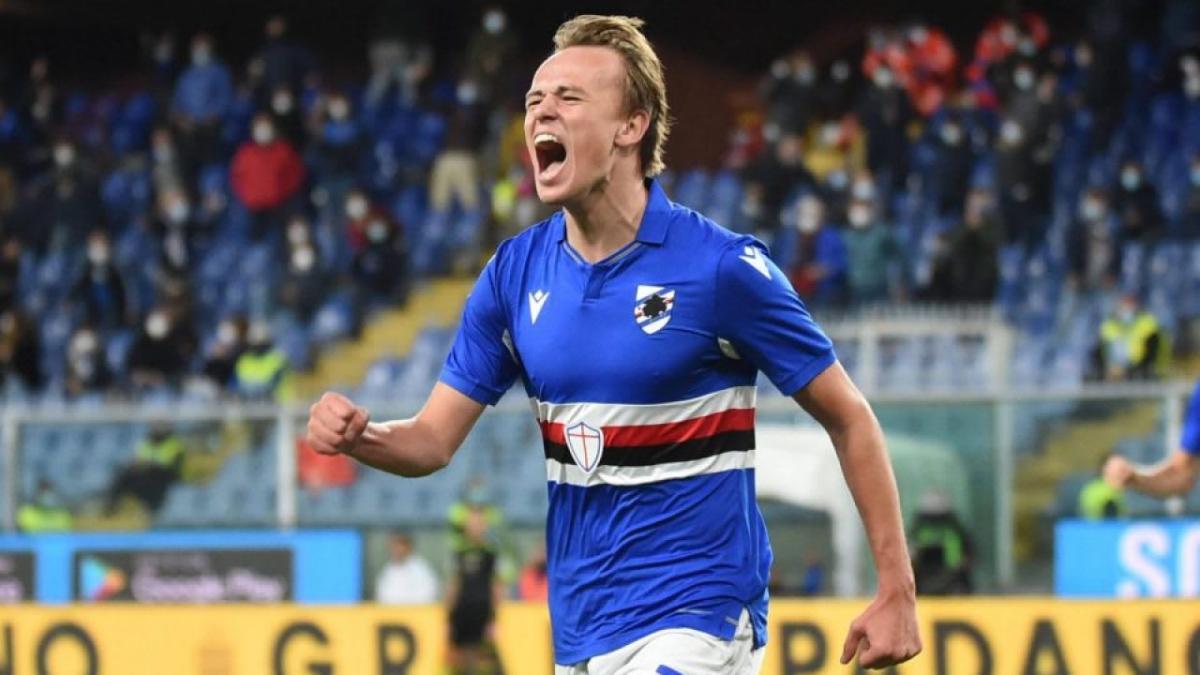 Tottenham and Juventus both eyeing move for Sampdoria winger Mikkel  Damsgaard