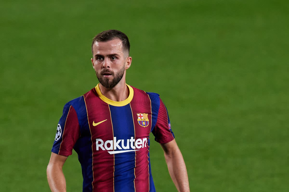 Pjanic hits out at lack of Barcelona playing time