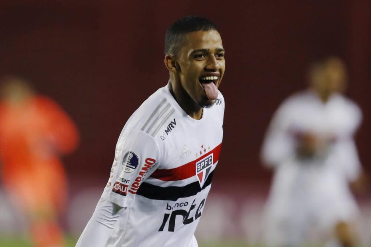 Who is Brenner, the Brazilian wonderkid wanted by Arsenal, Juve and PSG?