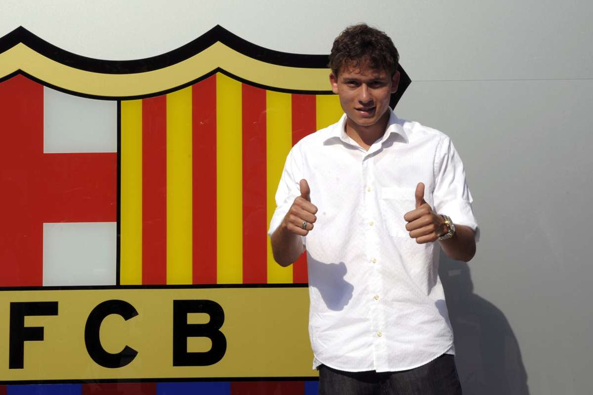 Keirrison signs for Barcelona