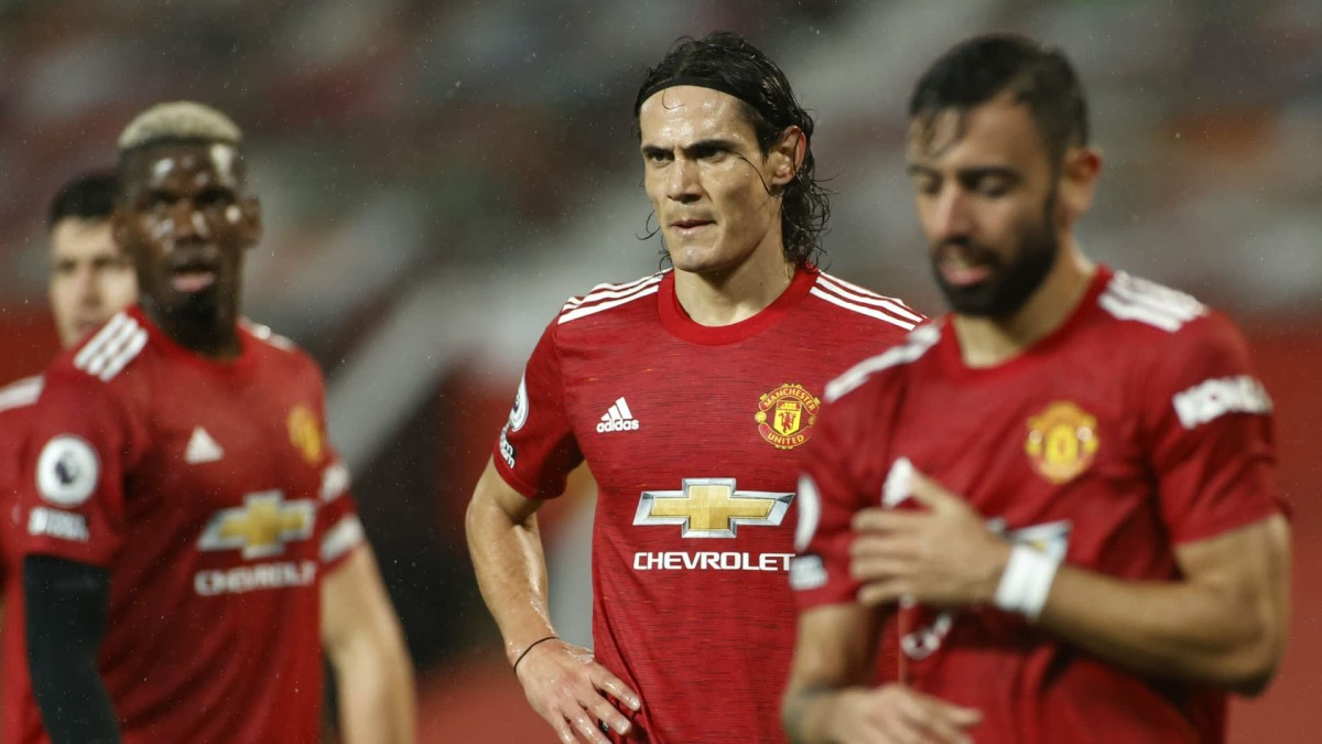 Cavani responds to claims he wants to leave Man Utd