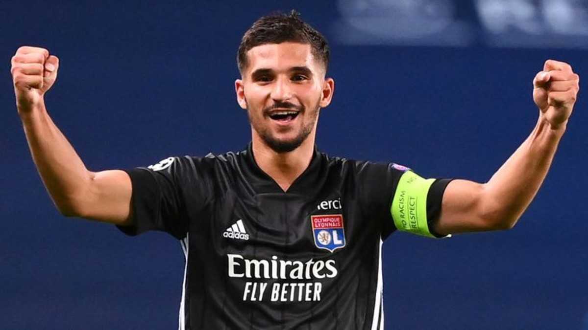 Aouar set to leave Lyon for Juventus in De Sciglio switch