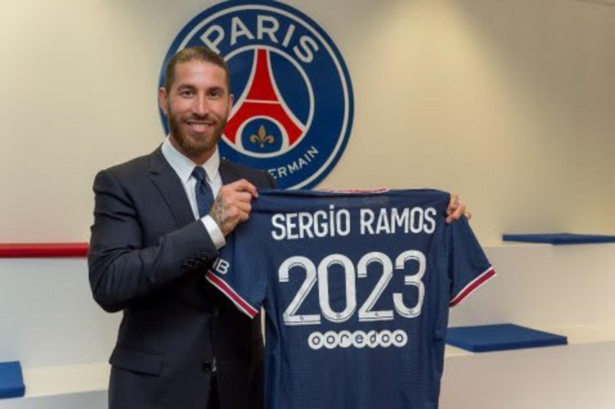 Sergio Ramos signs for PSG