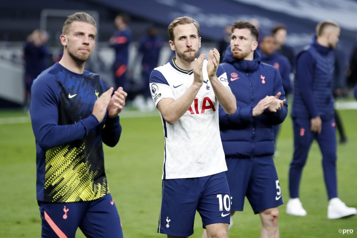 Tottenham tipped to 'fall apart' if Kane leaves for Man Utd or Chelsea
