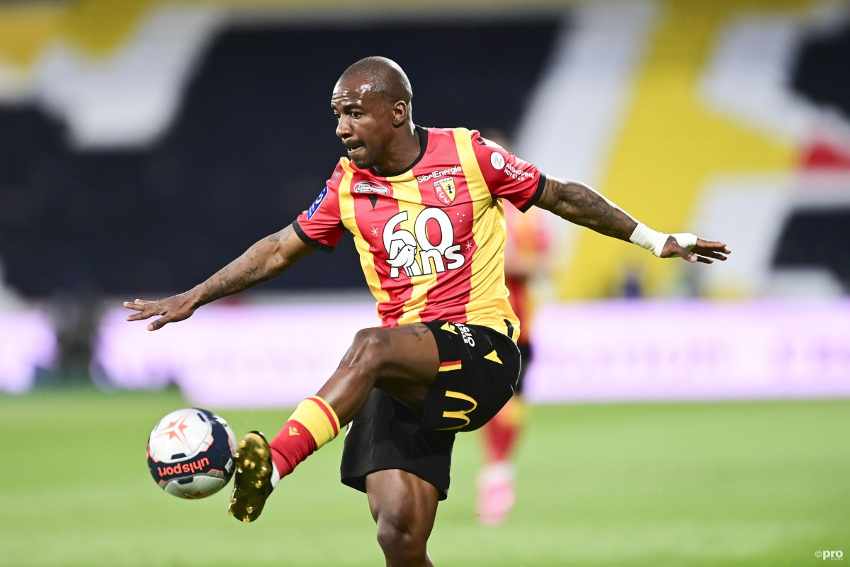 Former Chelsea starlet Kakuta is attracting interest from several Premier League clubs