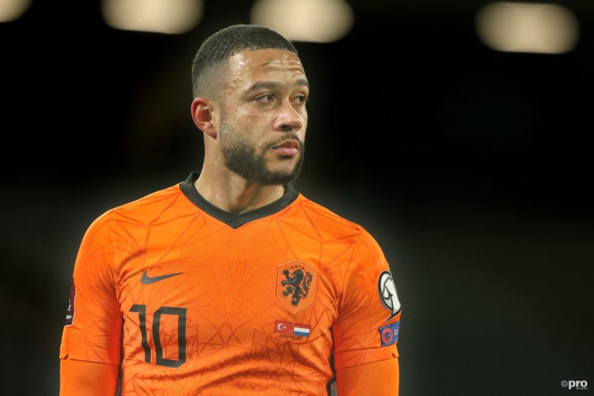 ISTANBUL, 24-03-2021, Ataturk Olympic Stadium. European Qualifiers Group G for the FIFA World Cup 2022. Turkey – Netherlands. Netherlands player Memphis Depay
