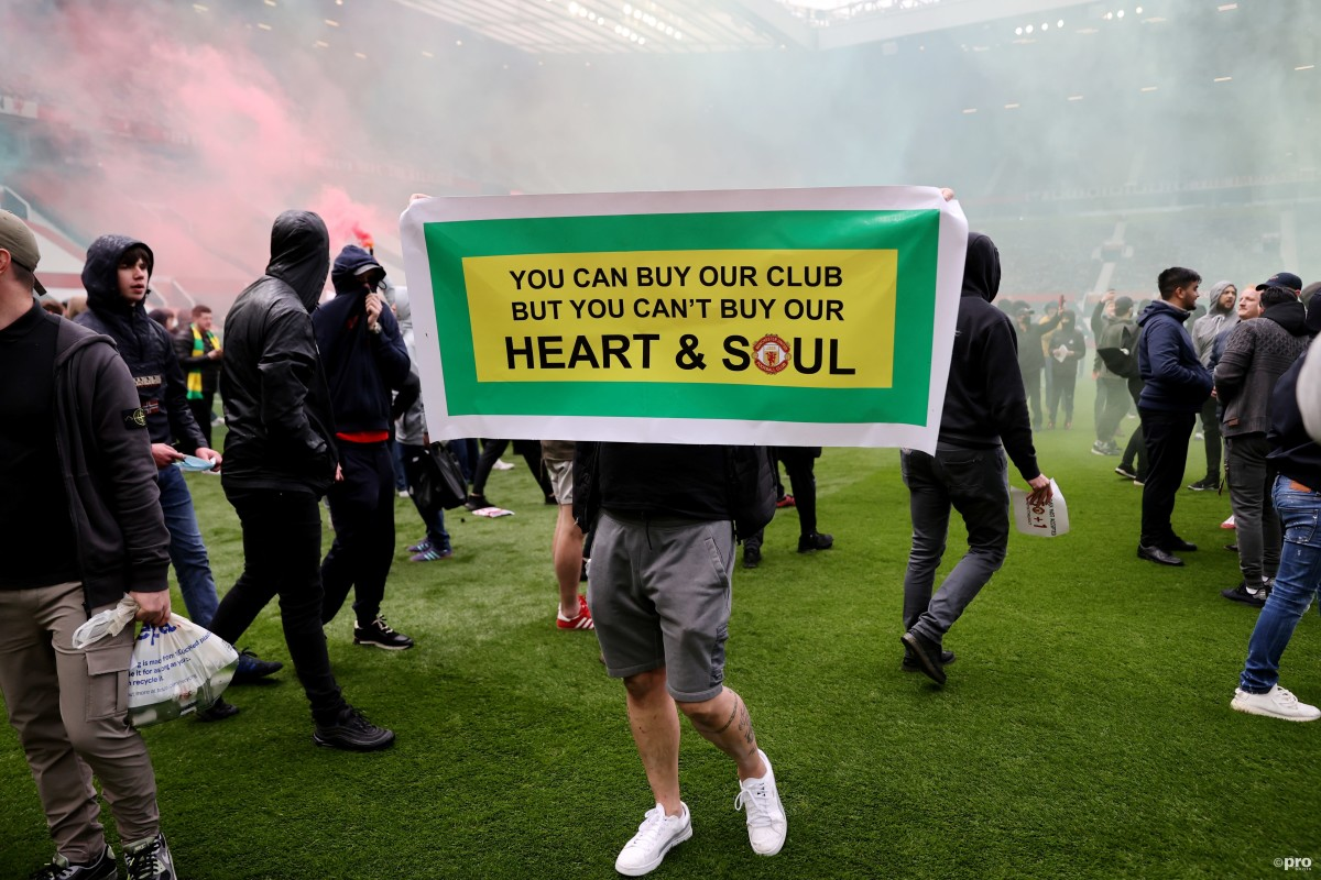 Why are Man Utd fans protesting against the Glazers' ownership?