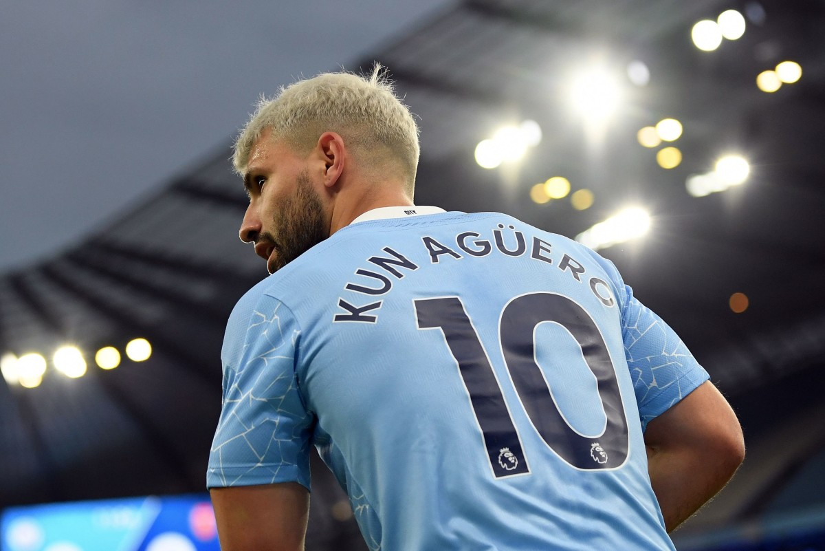 Aguero: Man City striker would be welcome in Paris, claims PSG star