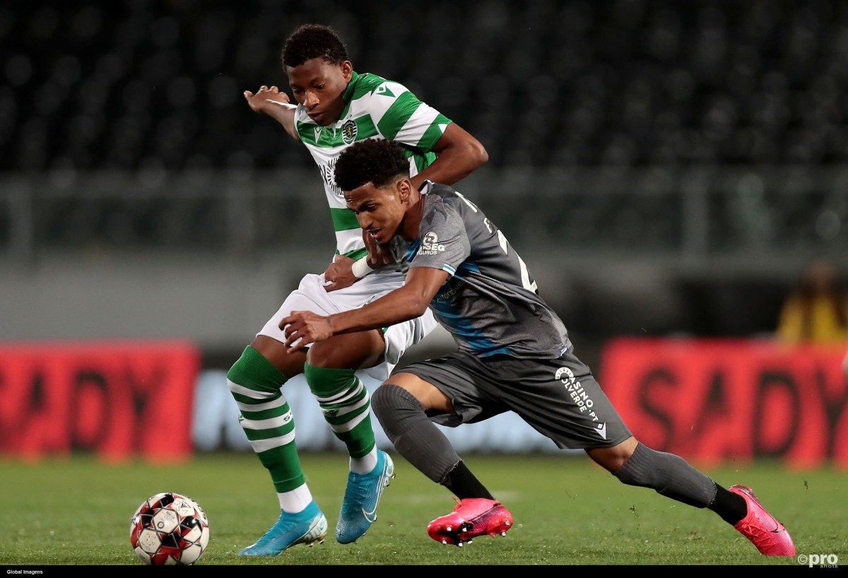 Former Tottenham starlet Marcus Edwards playing for Vitoria against Sporting CP