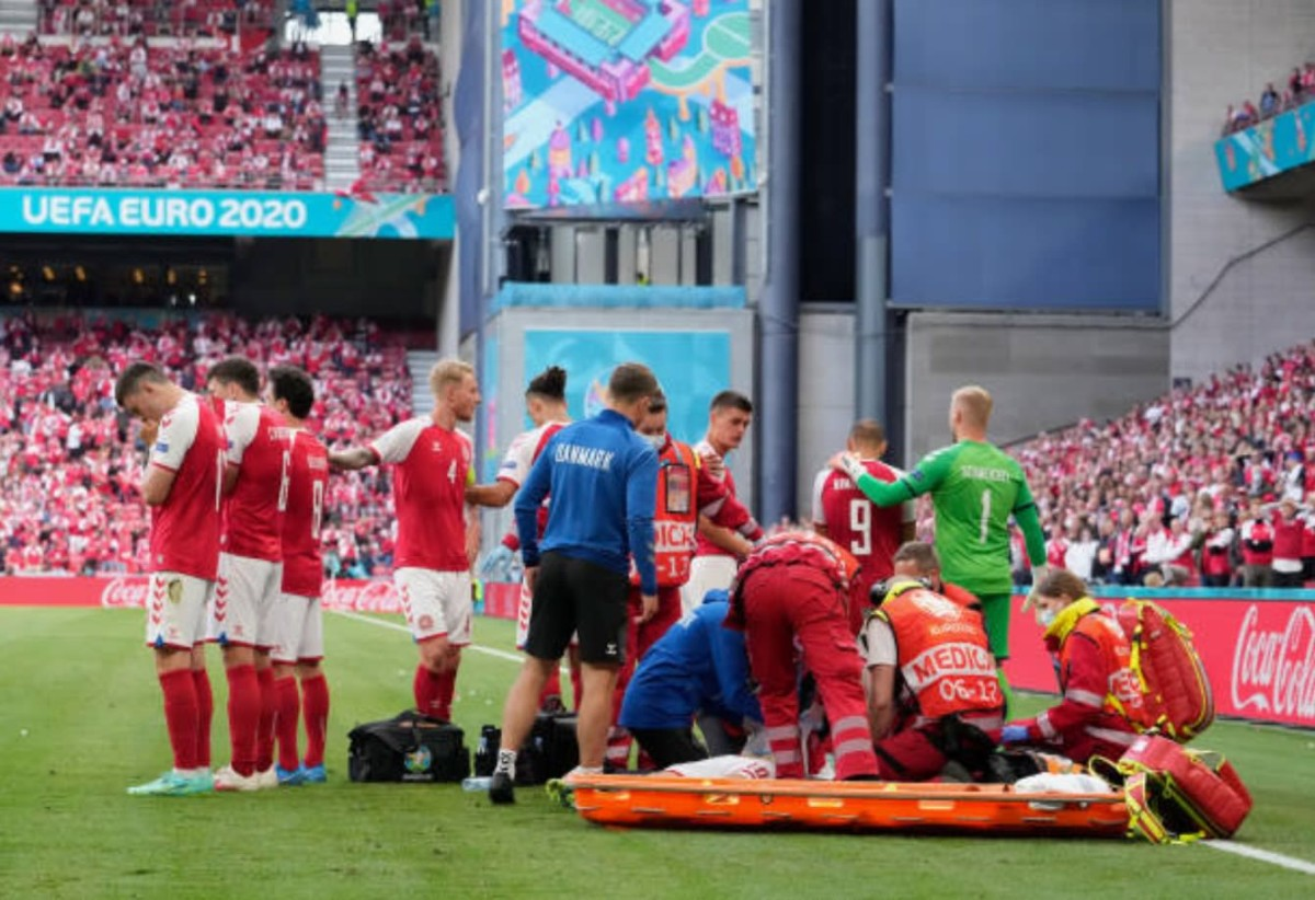 Christian Eriksen, Denmark, collapses during Finland match
