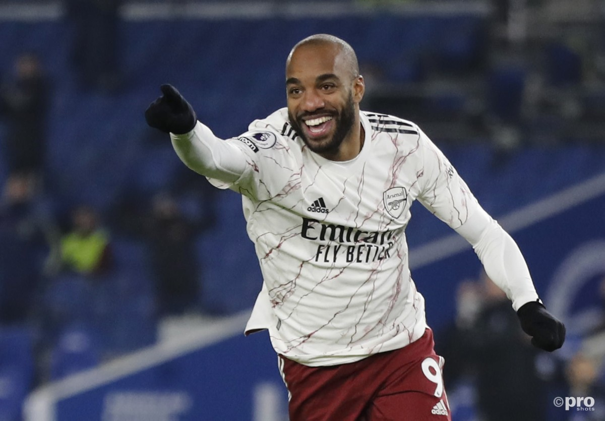 Should Arsenal cut their losses and sell Lacazette to Roma, Sevilla or Atletico?