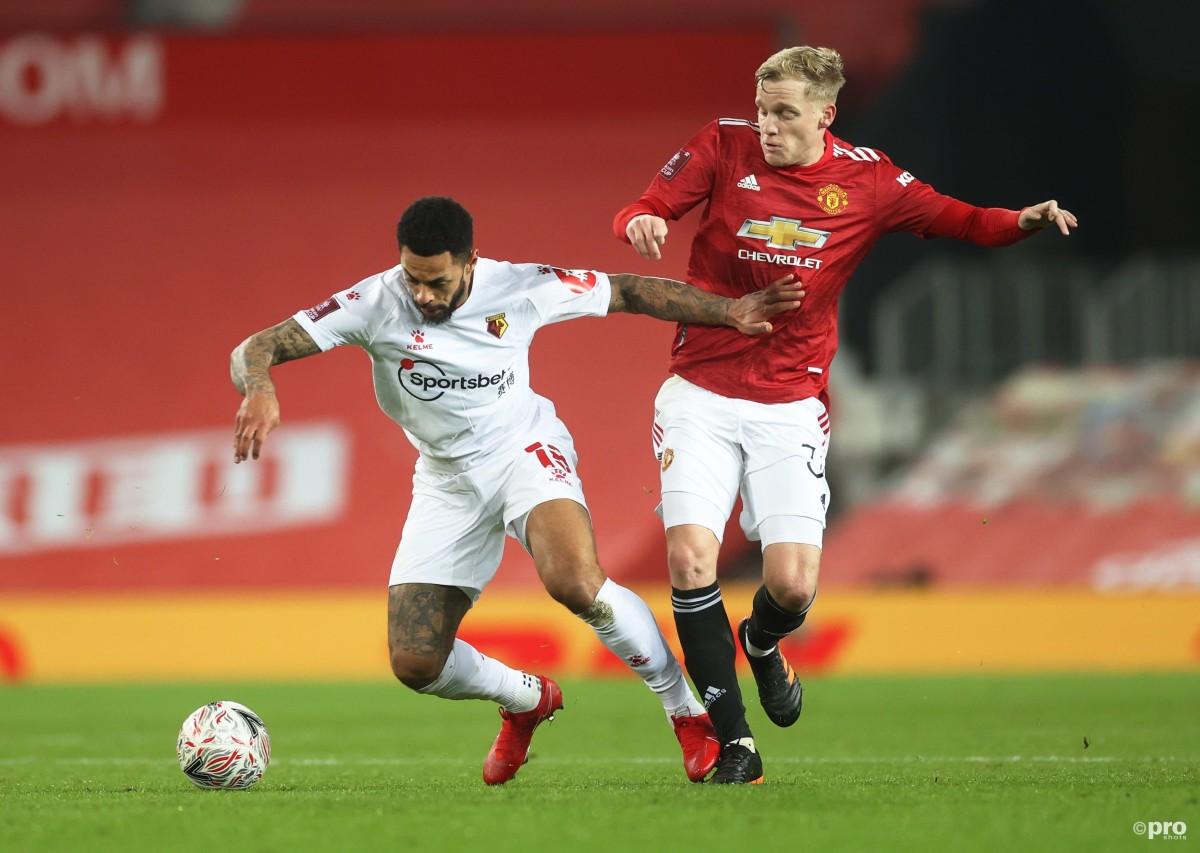 Paul Scholes says it has been 'impossible' for Van de Beek to succeed so far at Man Utd