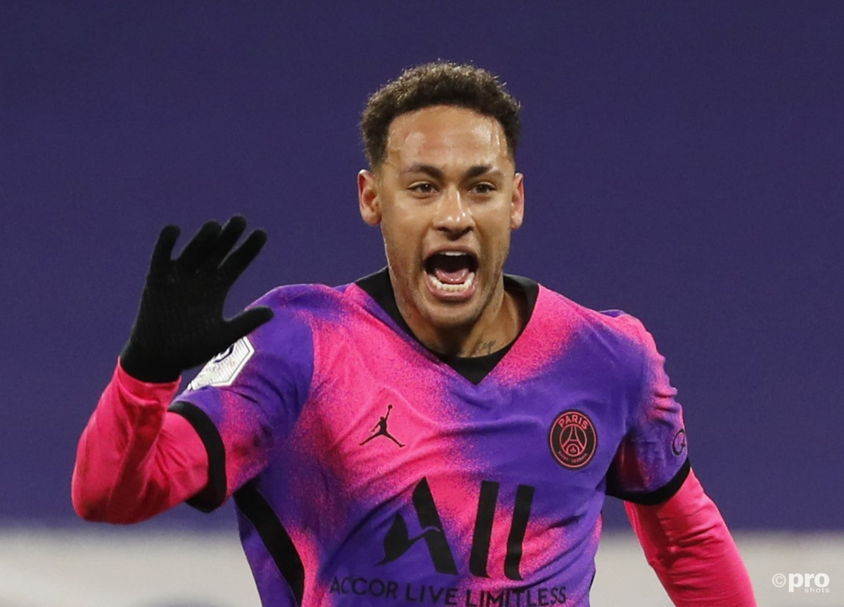 Neymar signs new four-year Paris Saint-Germain deal